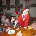 Rogosi mõisa jõulumaa päkapikud toimetamas söögisaalis