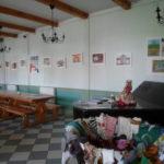 Gaujena laste piltide näitus mõisa söögisaalis