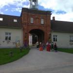 Poola kultuuripäevad Rogosi mõisas, Poola pan oma saatjaskonnaga ootab külalisi 2