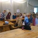 Poola kultuuripäevad Rogosi mõisas, ettekanne Poola kunstnikest mõisa saalis
